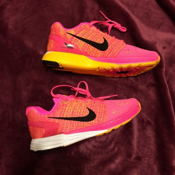 save off 98cff be188 Nike Lunarglide 7 Women s Athletic Shoes. M 5b204bdf4ab63350b5ca8030